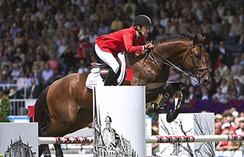 Anne Kurskinki Show Jumping Horse Champion